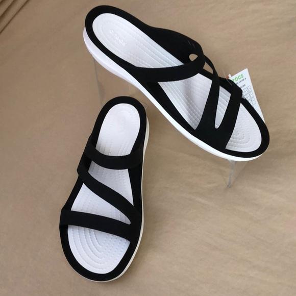 Crocs Swiftwater Sandals white black Womens 10